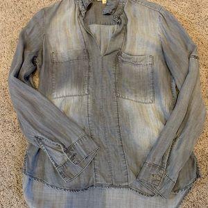 Cloth + Stone distressed chambray shirt